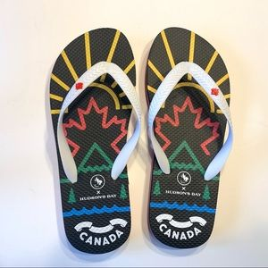 3/$30 Hudsons Bay Canada HBC  Flip Flops NWOT
